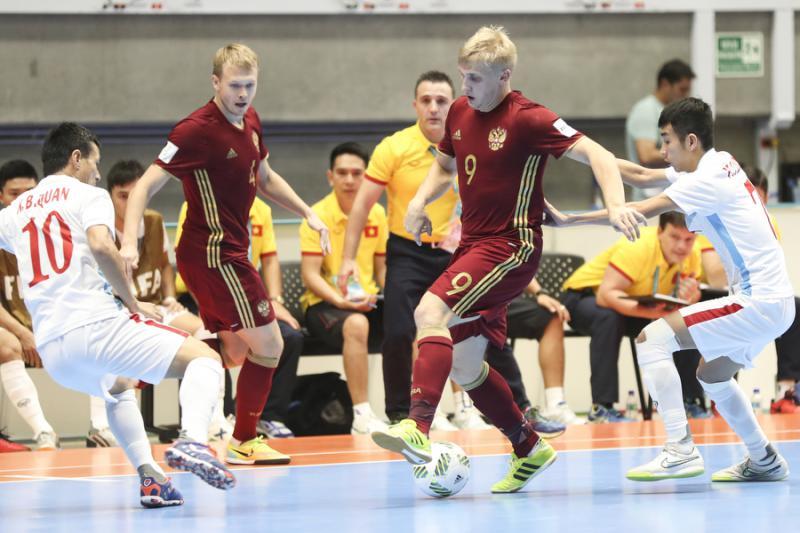 По рассуждениям РФС, расцвет российского футбола нас может ожидать в 20130 году