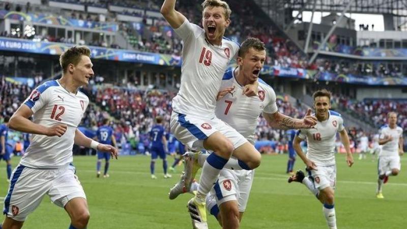 """Группа """"E"""", 2-й тур, матч Германия – Чехия"""